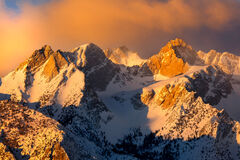 California, Eastern Sierra, Winter, Sunrise, Mountain