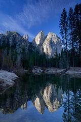 California, Yosemite, Cathedral Rocks, Reflection