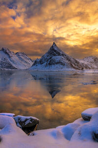 Norway, Lofoten, Fredvang, Volundstind, Winter, Reflection, Lake