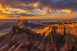 Utah, Hanksville, Desert, Sunrise, Butte