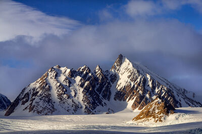 Svalbard | Spitsbergen | Mountains In Winter