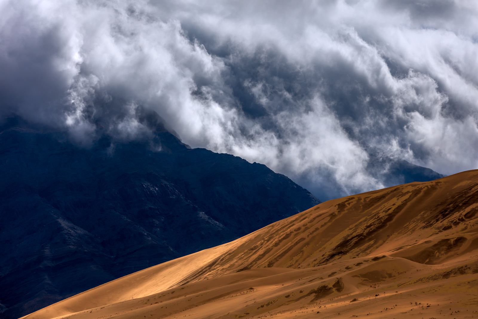 California, Death Valley, Eureka, Dunes, Clouds, Storm, photo