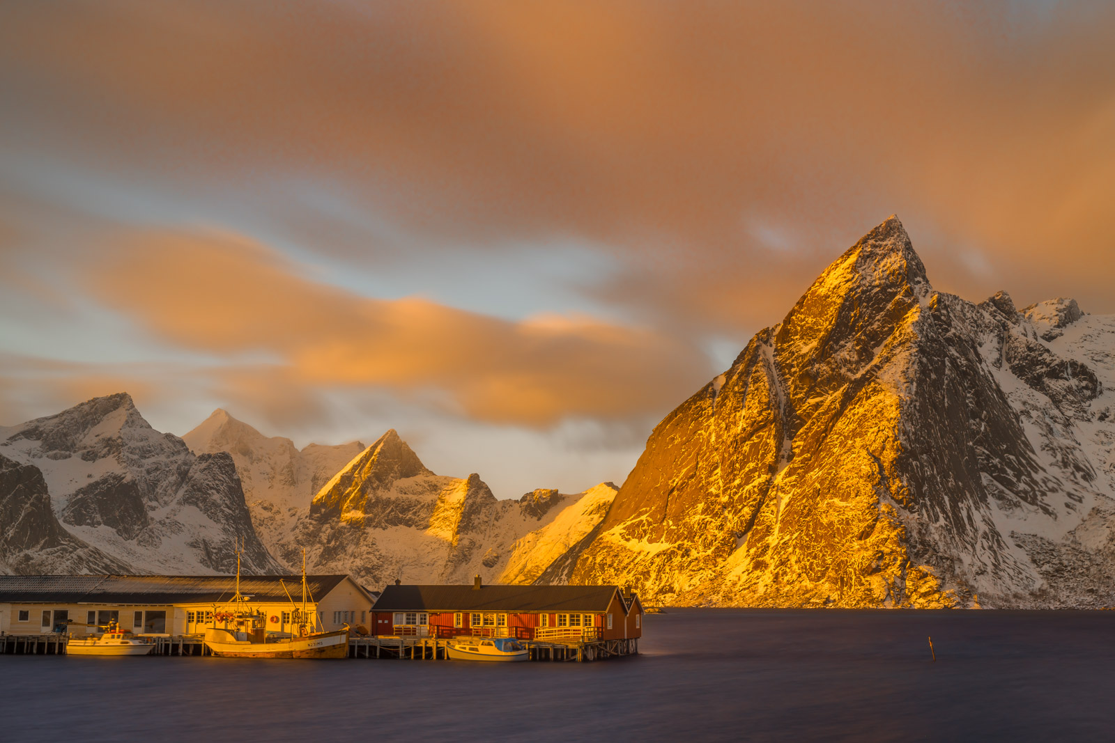 Norway, Lofoten, Renie, mountain, photo