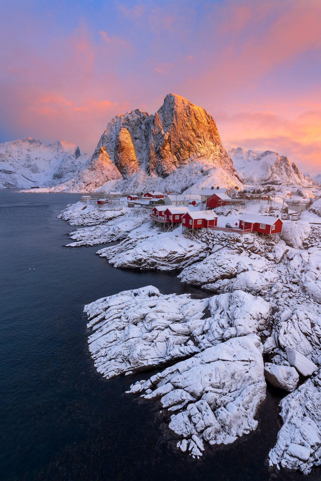 Norway, Lofoten, Hamnoy, winter, snow, water, photo