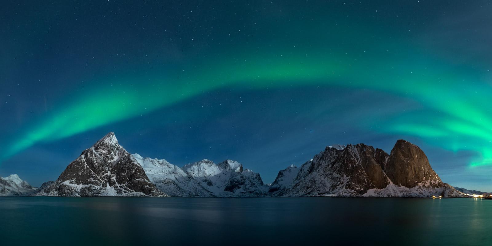 Norway, Lofoten, Islands, Hamnoy, Aurora, Night, photo