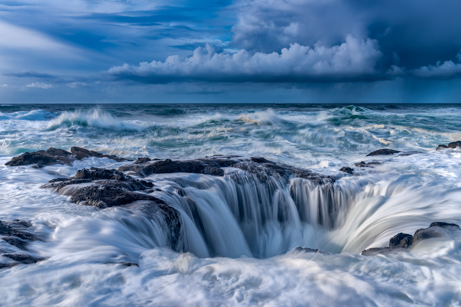 Oregon, Cape Perpetua, Thors Well, Storm