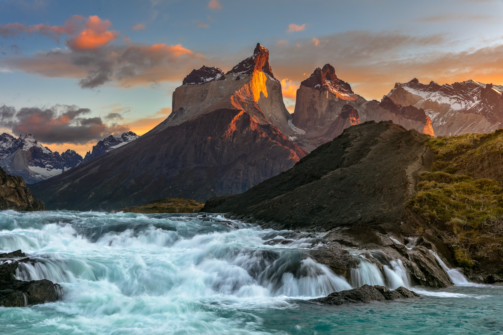 Chile, Patagonia, Torres del Paine, Sunrsie, Mountains, River, limited edition, photograph, fine art, landscape, photo