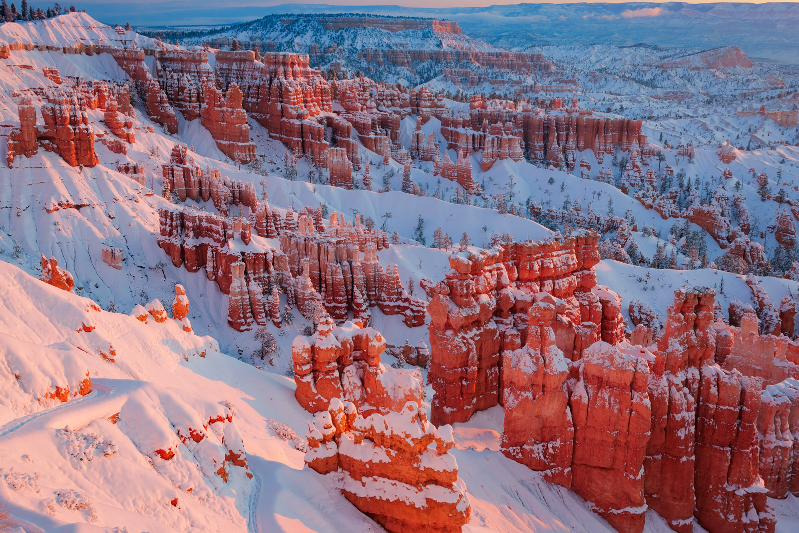 photo of bryce canyon with snow